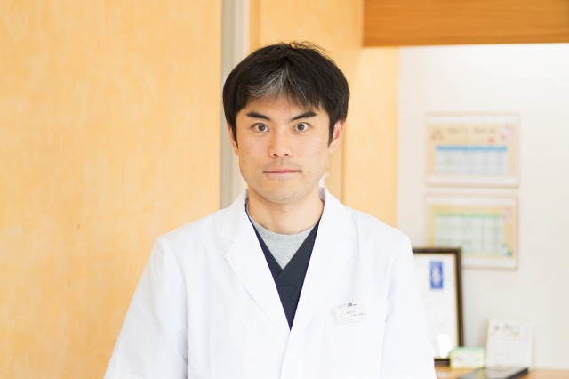 インタビュー画像: ライト動物病院 - 回答者:獣医師 小林良輔さん