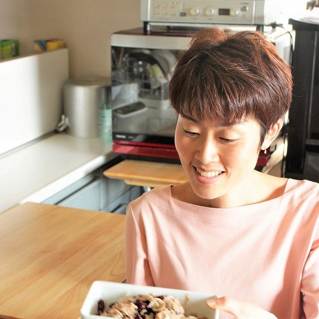 インタビュー画像: Omoiyari-kitchen - 回答者:高見牧子さん