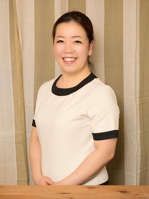 インタビュー画像: Hanakoto整体院 - 回答者:三浦亜希さん
