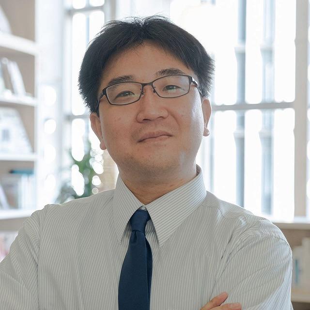 インタビュー画像: アトリエカフェいえ WEBと デザインと 絵画の教室 - 回答者:金石智宏さん