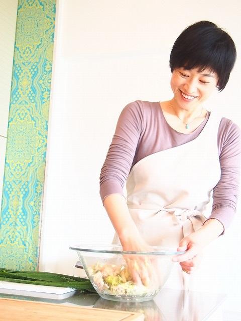 インタビュー画像: 料理教室yakuzen story 神戸教室 - 回答者:槇玲(まり)さん