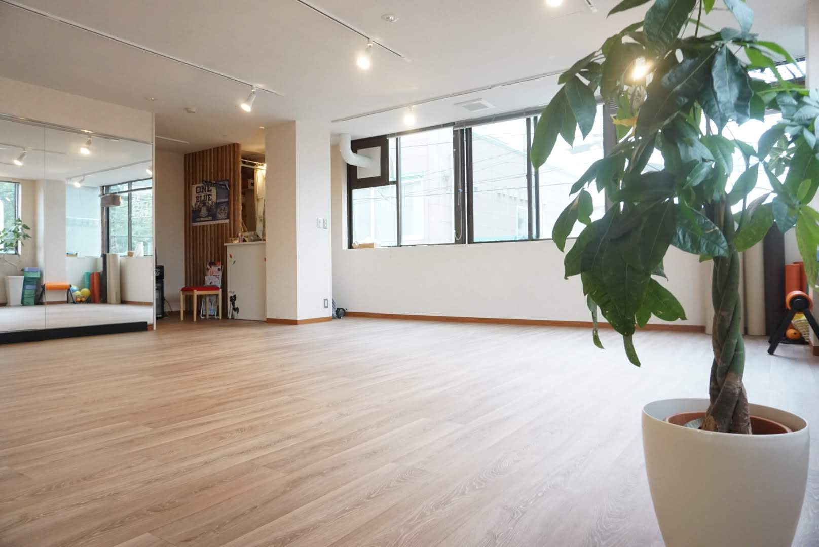 パーソナル yoga&pilates nicofit 船橋北口店ニコフィットの施設評判 ...