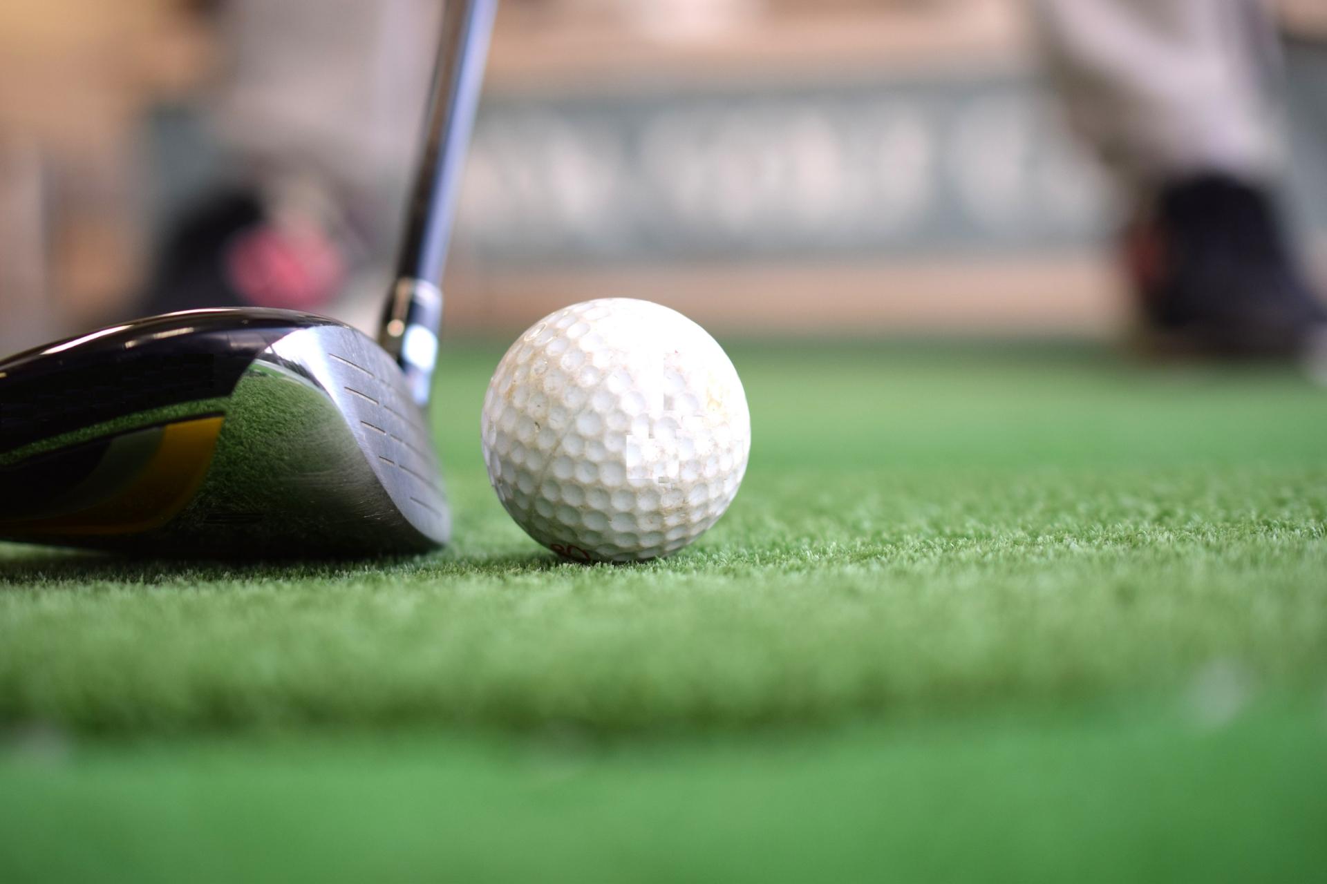ゴルフ練習場 安い